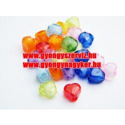 Vegyes műanyag szívecskés gyöngy. 20db/csomag.