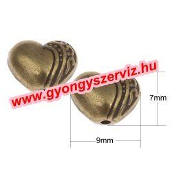 Szív. 9x7x5mm.  Antik bronz szín. Fémgyöngy, köztes gyöngy.