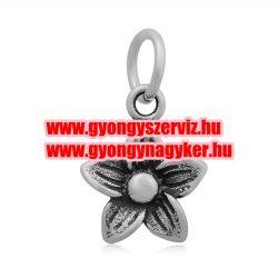 Acél medál, fityegő. 5 szírmú virág. antik ezüst szín.