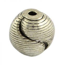 Golyó. 9.5x9.5x8mm. Yin-yang. Antik ezüst szín. Fémgyöngy, köztes gyöngy.