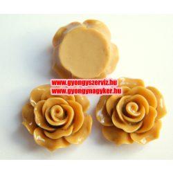 Ragsztható gyanta kaboson rózsa. 20mm. Tejeskávé.