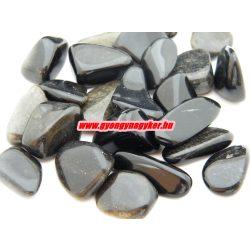 Obszidián ásvány marokkő.