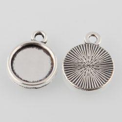 Kaboson medál alap. 8 mm lencséhez. Antik ezüst szín.