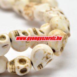 Türkiz koponya gyöngy. 8x7mm. Csont szín.