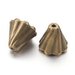 Gyöngykupak. 13x12mm. Antik bronz szín.